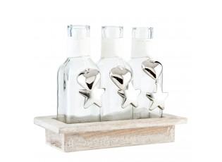 Tři láhve v dřevěném podstavci