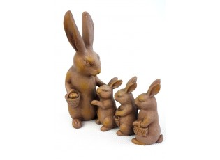 Dekorace zaječice s malými zajíčky