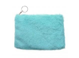 Světle modrá menší peněženka s chlupem na zip.