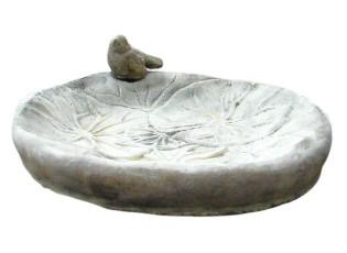 Zahradní betonové pítko/ krmítko pro ptáčky s ptáčkem - 33 cm