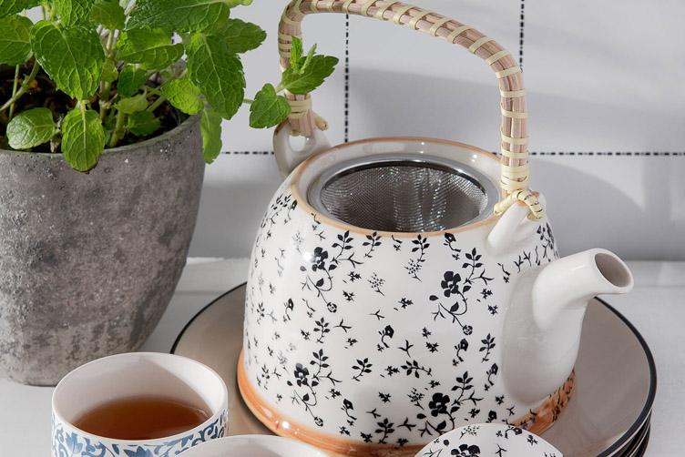 Konvičky na čaj se sítkem