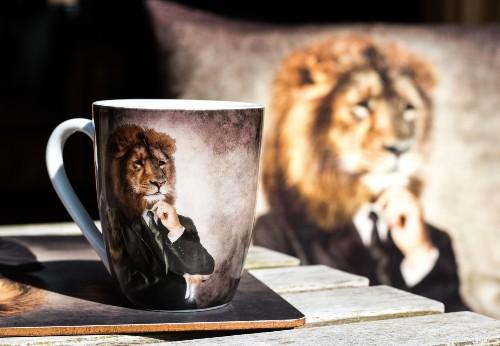 Prostírání se lvem